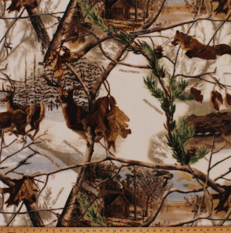Realtree Winter Camo Woods Leaves Fox Deer Cabin Fleece